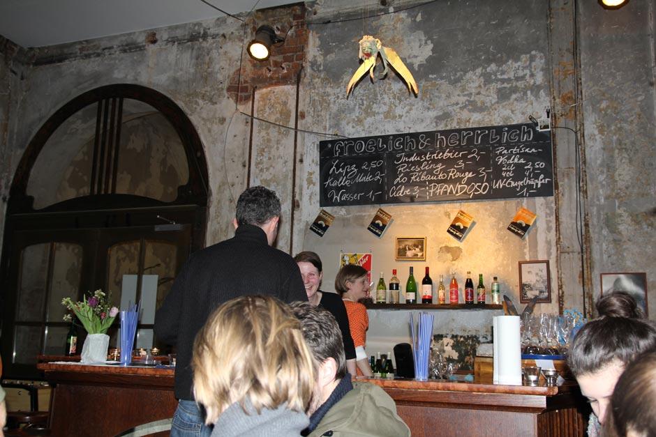 Lindenfels Westflügel, Café