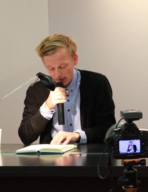 Mediales Doppel: Poljak Wlassowetz liest aus seinem Roman »Mirovia«